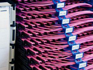 תשתית אופטית מלאה - Fiber Optic